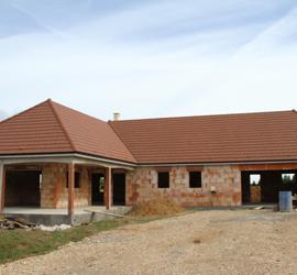 Aperçu des couvertures de toiture par SCCA Santa Cristina toiture et charpente à crissey chalon sur saone en saone et loire 71
